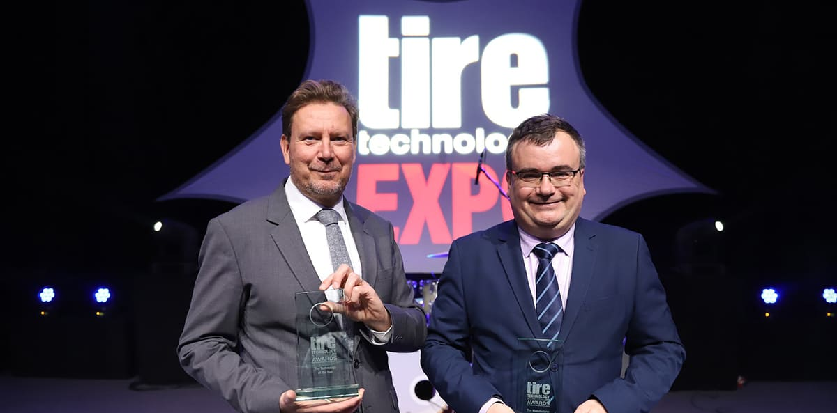 Награды Innovation Award и Tire Manufacturer of the Year